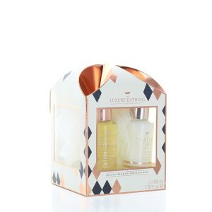 Grace Cole Caseta femei:Gel de dus+Crema de corp+Burete de baie 2x100 ml English Pear