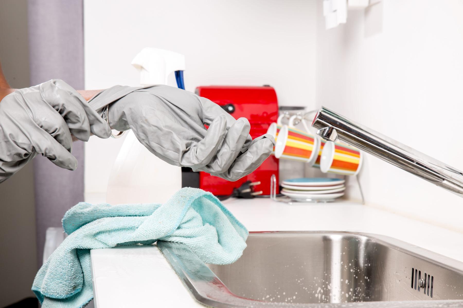 Curățenia generală în casă: ghid complet pentru igienizarea locuinței